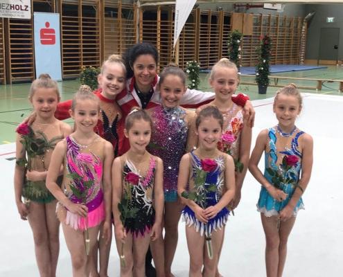V-Teilnehmerinnen mit Vesela Milanova